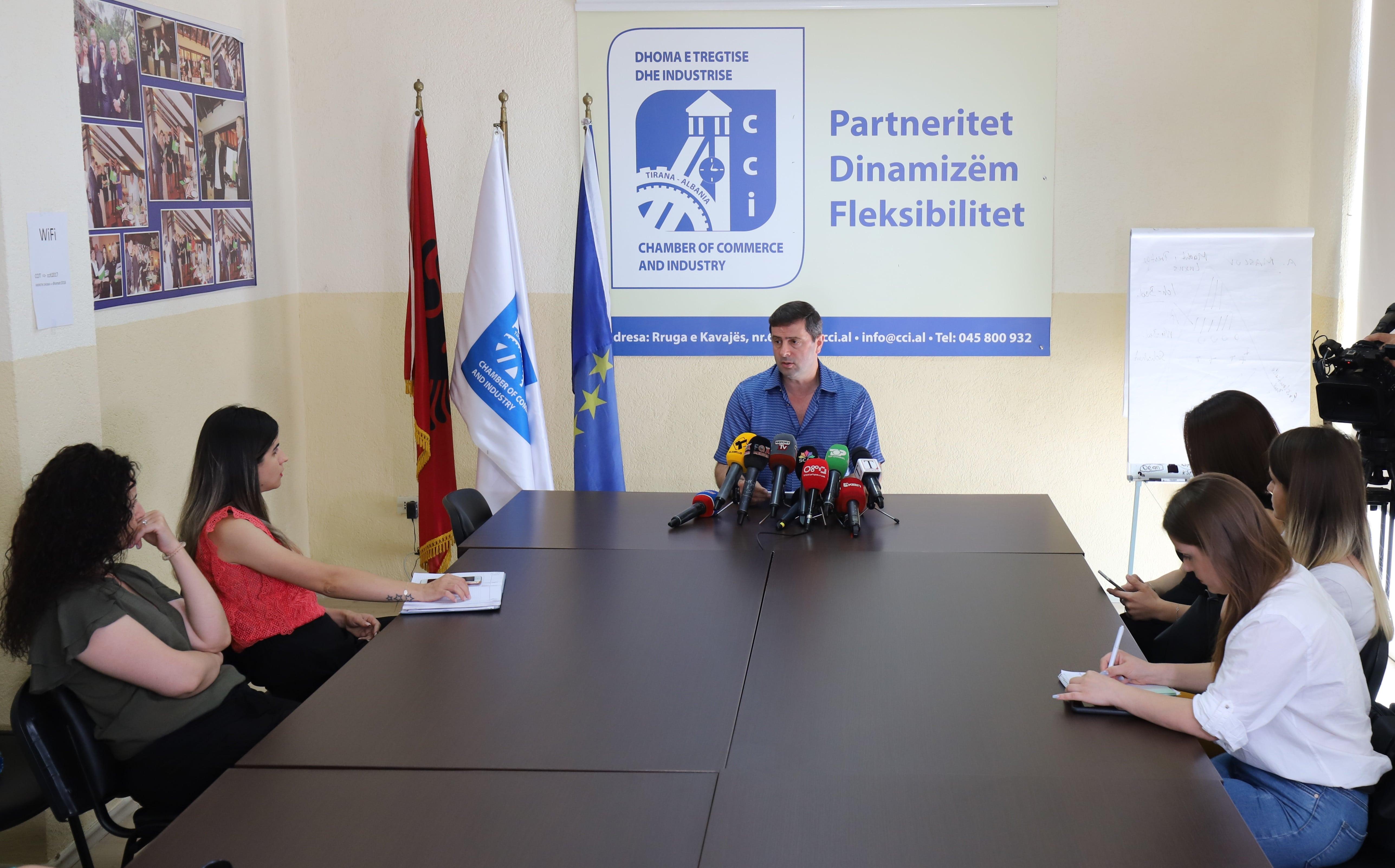 Marrëdhëniet tregtare Shqipëri-Kosovë, deri më 15 korrik 2019 bizneset të paraqesin problematikat e tyre pranë Forumit Ekonomik Mbarë Shqiptar